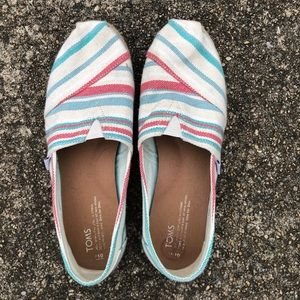 TOMS Women's size 10
